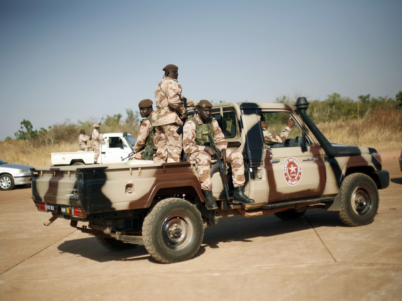 mali-fighting.jpeg12-1280x960
